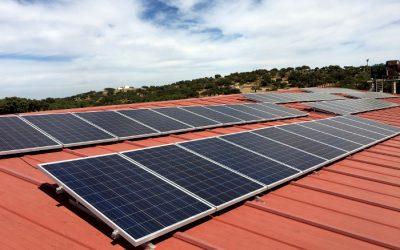 La Junta de Extremadura dará ayudas para instalar placas fotovoltaicas en comunidades